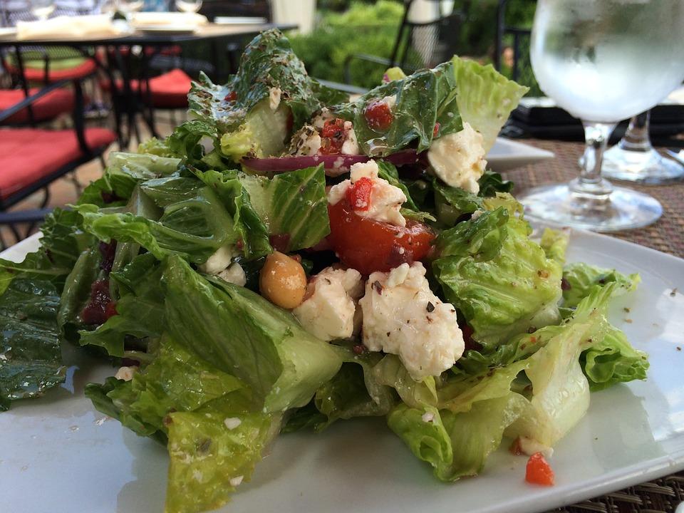 Salade grecque senior