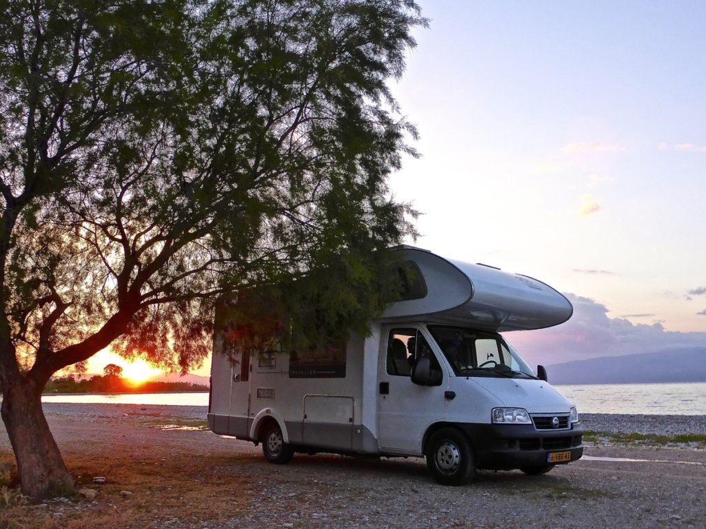 voyage-organise-seniors-camping-1